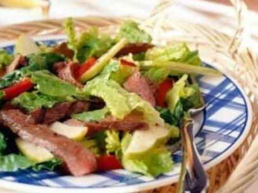 Fillet Steak & Pear Salad