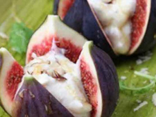 Fresh Figs & Tangy Yoghurt